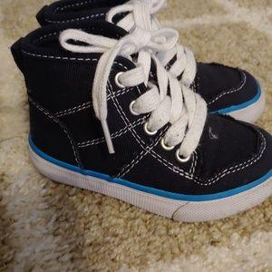 Boys navy hightop shoes
